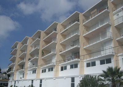 balcon-bloque-apartamentos