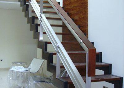 escalera-metal-madera