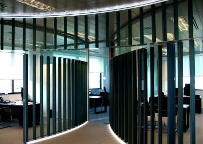 vidrio-acero-inoxidable-interior-oficina